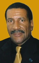 Robert  E. Davis