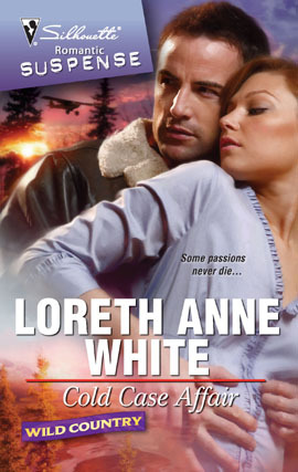 Cold Case Affair (Wild Country #2)