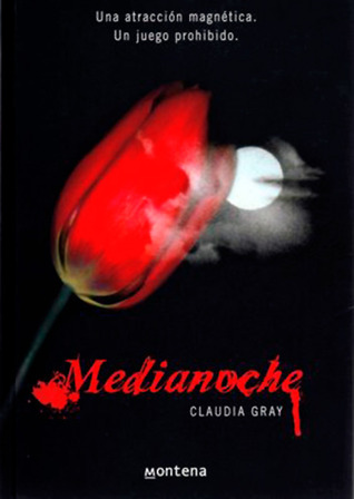 Medianoche by Claudia Gray