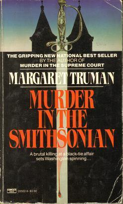 Murder in the Smithsonian (Capital Crimes, #4)