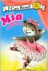 Pink Slippers: Mia and the Too Big Tutu (My First I Can Read)