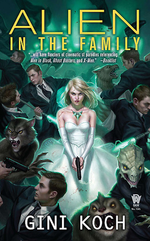 Alien in the Family (Katherine &quot;Kitty&quot; Katt, #3)