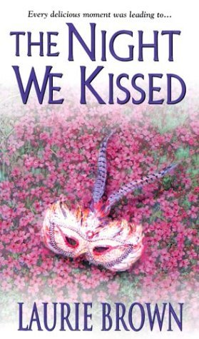 The Night We Kissed (Masquerade, #2)