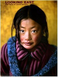 Download free Looking East: Portraits by Steve McCurry PDF