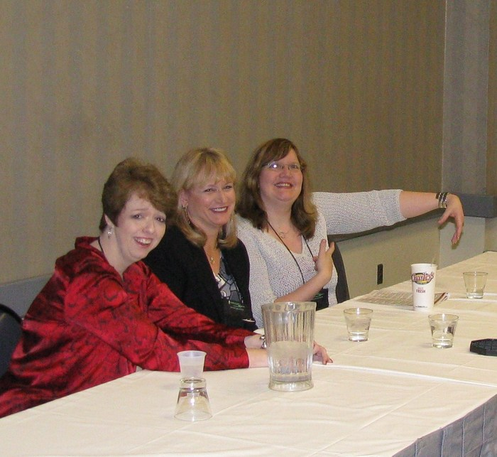 2010 RT booklovers convention panel