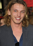 Han Alister Jamie Campbell Bower