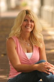 Author Toni Blake