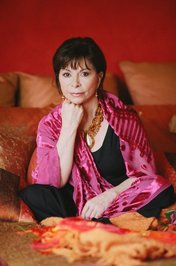paula isabel allende book review