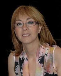 Ana R. Vivo / Dana Jordan