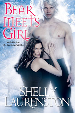 Book Review: Shelly Laurenston's Bear Meets Girl