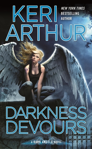 Book Review: Keri Arthur's Darkness Devours