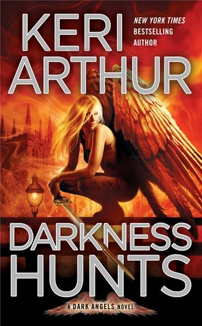 Book Review: Keri Arthur's Darkness Hunts