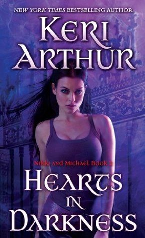 Book Review: Hearts in Darkness by Keri Arthur