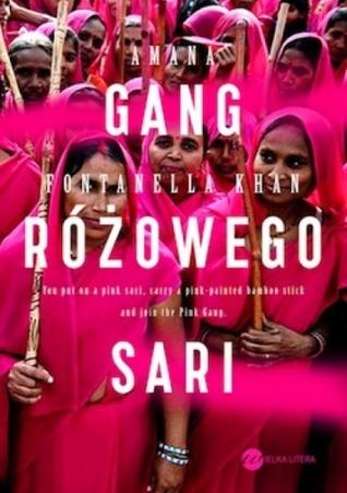 Gang różowego sari Amana Fontanella-Khan