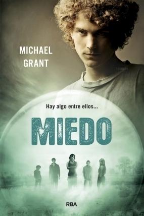 https://www.goodreads.com/book/show/22401937-miedo