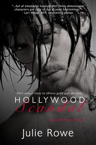 {Review} Hollywood Scandal by Julie Rowe