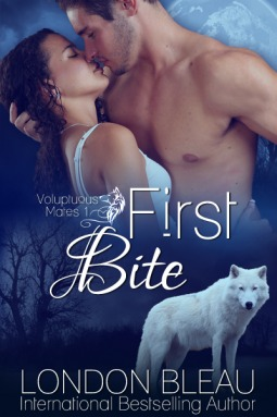 First Bite - BBW Paranormal Romance Erotica (Voluptuous Mates, #1)