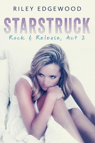https://www.goodreads.com/book/show/23295818-starstruck