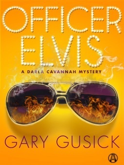 Officer Elvis (Darla Cavannah Mysteries, #2)