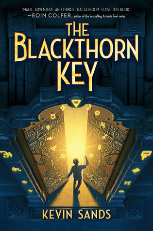 The Blackthorn Key (Christopher Rowe, #1)