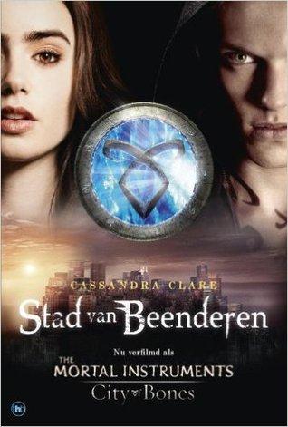 Stad van Beenderen (Kronieken van de onderwereld #1)