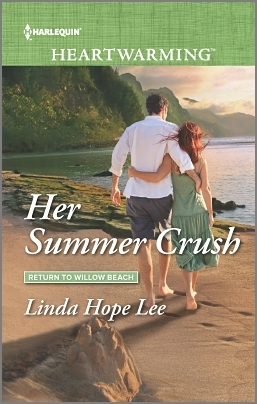 Her Summer Crush (Return to Willow Beach)