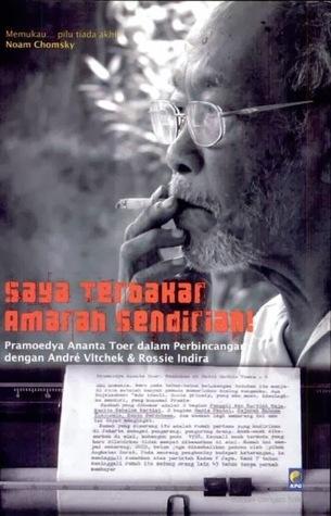 Buku yang berisi hasil wawancara Andre Vlitchek & Rossie Indira kepada Pramoedya