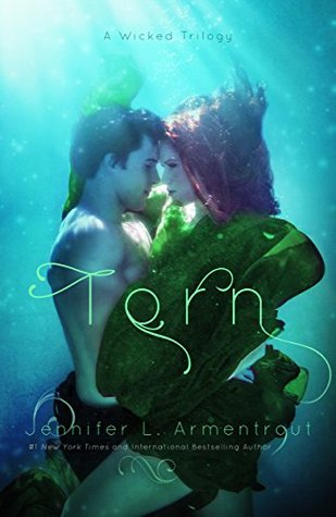Review: Torn by Jennifer Armentrout (@Mollykatie112, @JLArmentrout)